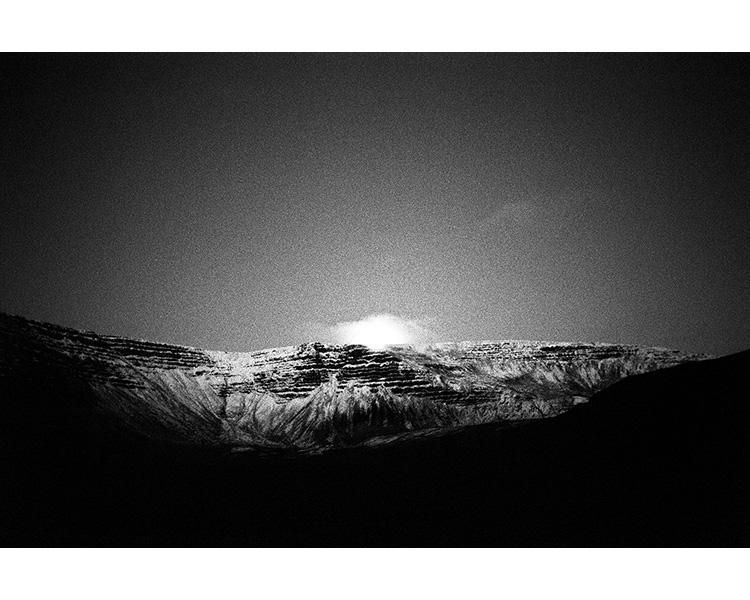 ICELAND / 09.2010Moonlight in Westfjords.© Michal Luczak / Sputnik Photos / Anzenberger
